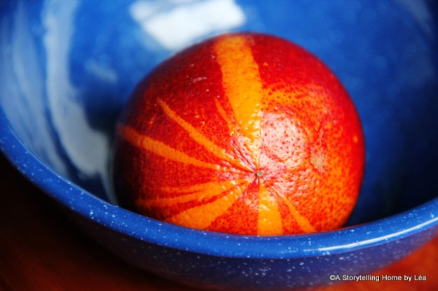Blood oranges in blue bowl