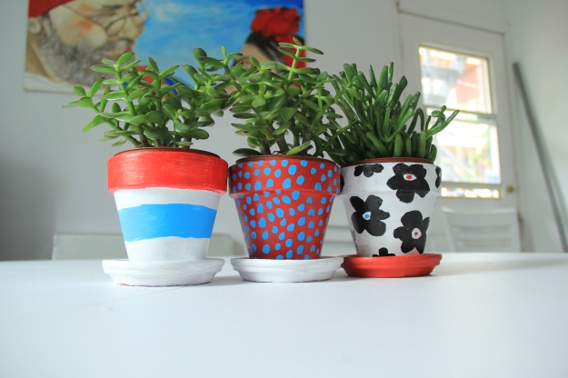 Painted clay plant pots_Marimekko inspiration