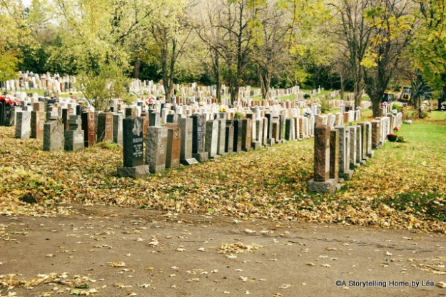 Notre dame des neiges cemetary Montreal tombstones