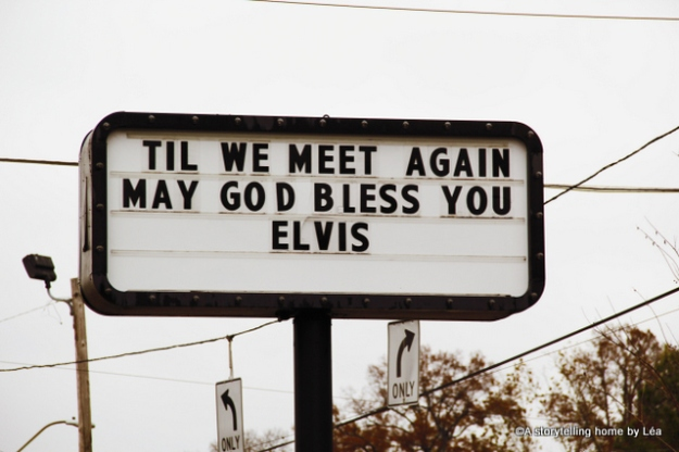 Days Inn Graceland Elvis Presley Memphis_A Storytelling Home