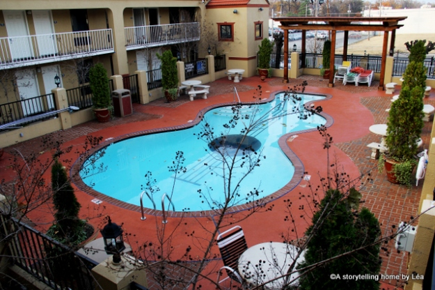 Days Inn Graceland guitar pool_A storytelling Home