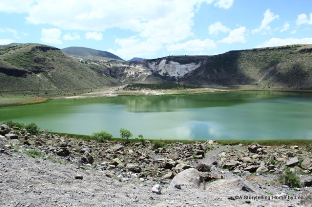 Nar lake, a volcanic caldera lake
