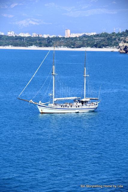 Boat_Antalya_Turkey_2014